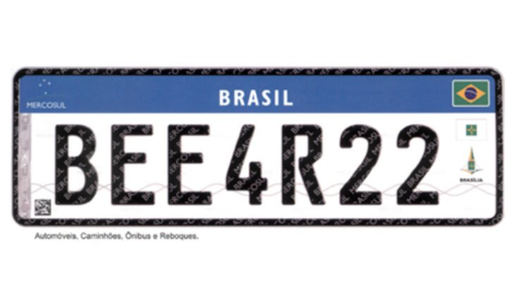 Implantação de placas de carros no padrão Mercosul é adiada para 2020