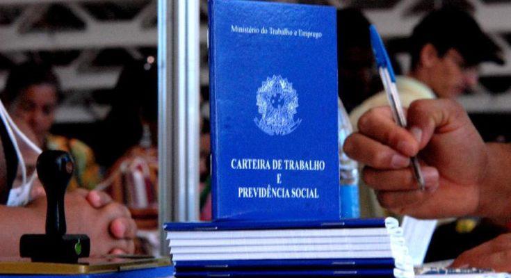 Desemprego diminui e SC se consolida com o melhor índice do Brasil