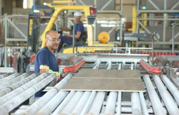 Atividade Econômica acelera no segundo trimestre em Santa Catarina